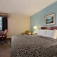 Days Inn Reading Wyomissing Standard King Bed Room