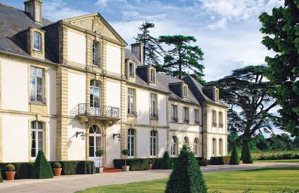 Chateau De Sully