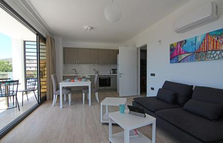 Brand New Luxury Modern Apartment With Stunning Sea Views And Private Roof Pool