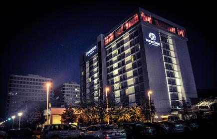 DoubleTree by Hilton Chicago - North Shore Conference Center