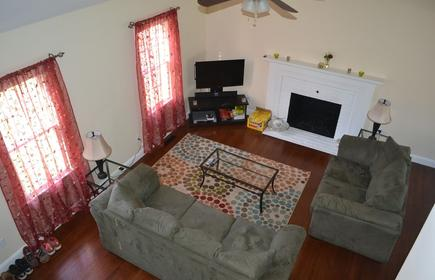 Adorable, Pet Friendly Home For Rentbeach Pass Is Included In Rent