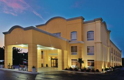 La Quinta Inn & Suites by Wyndham Florence