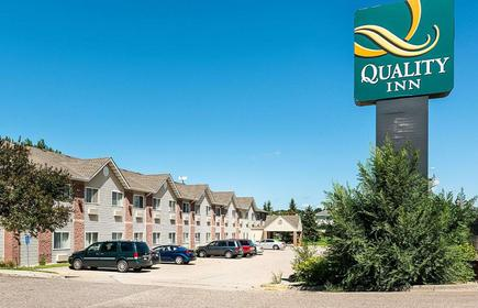 Quality Inn near Northtown Mall and National Sports Center