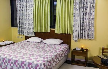 Hotel Aris II
