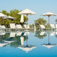 Blau Privilege Portopetro Beach Resort & Spa. Outdoor Pool