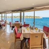 Blau Privilege Portopetro Beach Resort & Spa. Restaurant