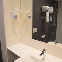 B&b Hotel Viladecans Bathroom Sink