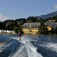 Hotel See-Villa Lake
