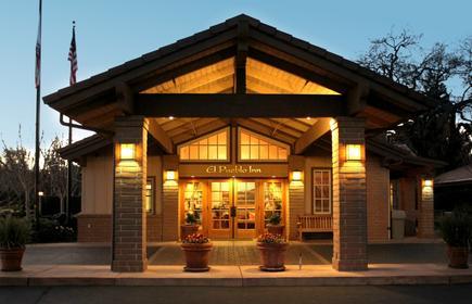 El Pueblo Inn