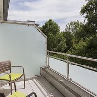 Taome Feng Shui Stadthotel Breisgau Terrace/Patio