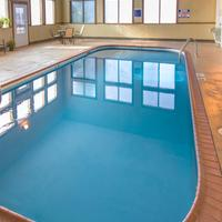Cliffbreakers Hotel & Conference Center Pool
