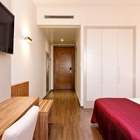 Hotel Dña Monse Guestroom