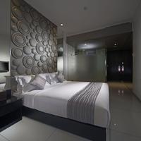 Fm7 Resort Hotel Jakarta Guestroom