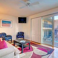 Sea View Inn at the Beach Living Area