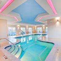 Holiday Inn Express & Suites Hot Springs Indoor Pool