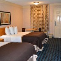 Deluxe Inn Fayetteville Guestroom