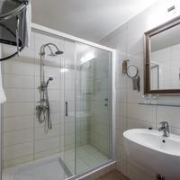 Hotel Piran Bathroom