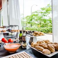 Hotel Campus Breakfast Area