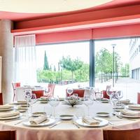Hotel Campus Dining