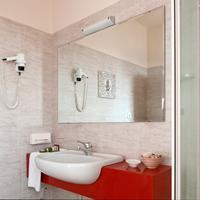 Hotel Ambasciatori Bathroom