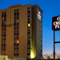 Crowne Plaza Newark Airport Hotel Front - Evening/Night