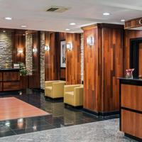 Crowne Plaza Newark Airport Concierge Desk