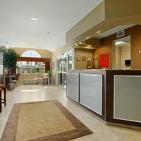 Microtel Inn & Suites by Wyndham Dickinson Lobby