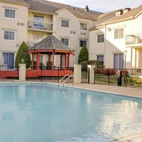 Club - Hotel Nashville Inn & Suites Outdoor Pool