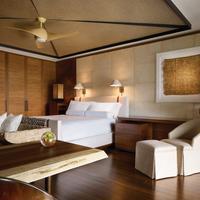 Four Seasons Resort Lanai Guest room