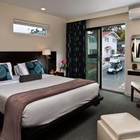 Aurora Hotel & Spa Guestroom
