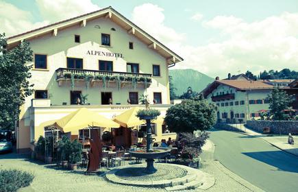 Bernhard's Hotel Und Restaurant