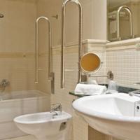 Marina d'Or 5 Hotel Bathroom