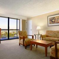 Ontario Airport Hotel and Conference Center Suite