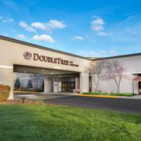 DoubleTree by Hilton Hotel Lawrence Hotel Front