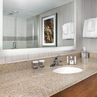 DoubleTree by Hilton Hotel Lawrence Bathroom Sink