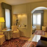 Hotel Regina Adelaide Suite