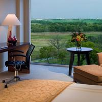 Dallas Fort Worth Marriott Hotel and Golf Club at Champions Circle Guest room