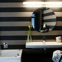 Astoria Palace Hotel Bathroom