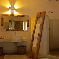 Mawe Resort Watamu Boutique Hotel Bathroom