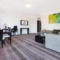 Rydges Sydney Central Deluxe Suite