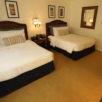 The Pavilion Hotel Guestroom