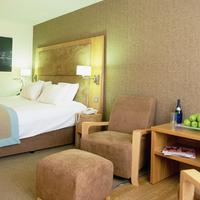 Big Blue Hotel Guest room