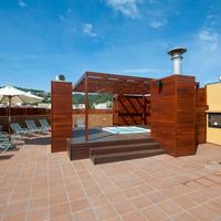 Delfin Hotel Outdoor Spa Tub