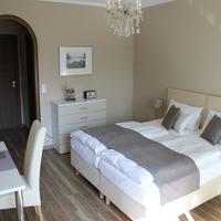 Hotel Garni Bellevue Guestroom
