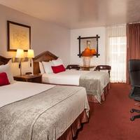 Canyon Plaza Resort Guestroom