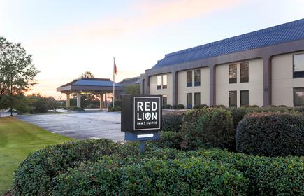 Red Lion Inn and Suites Hattiesburg