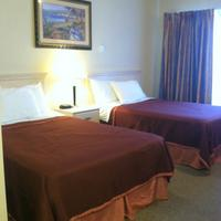 Howard Johnson Marina at Monterey Bay Double Bed