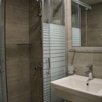 Piraeus Port Hotel Bathroom