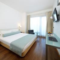 Hotel Faro & Beach Club Guestroom
