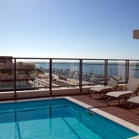 Real Marina Residence Rooftop Pool